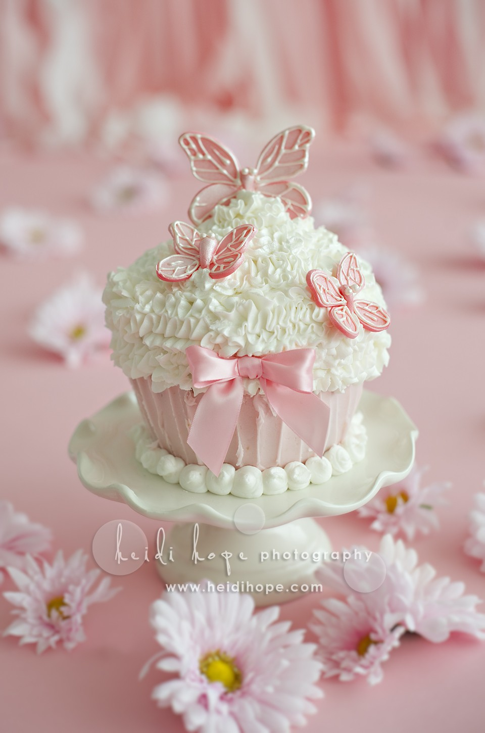 Smash Cake Ideas For First Birthday : Baby O turns 1 year old! Rhode Island and Central ...