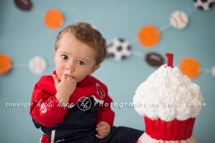 Heidi Hope Photography - Little boys sports cake smash