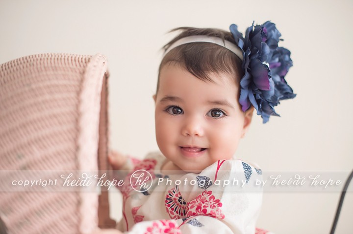 Smiling baby girl flowered headband - Heidi Hope Photography Studio