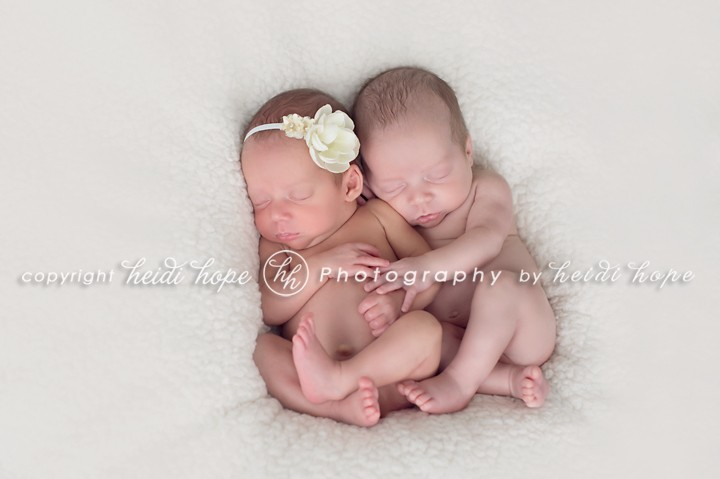 newborn twin photography studio