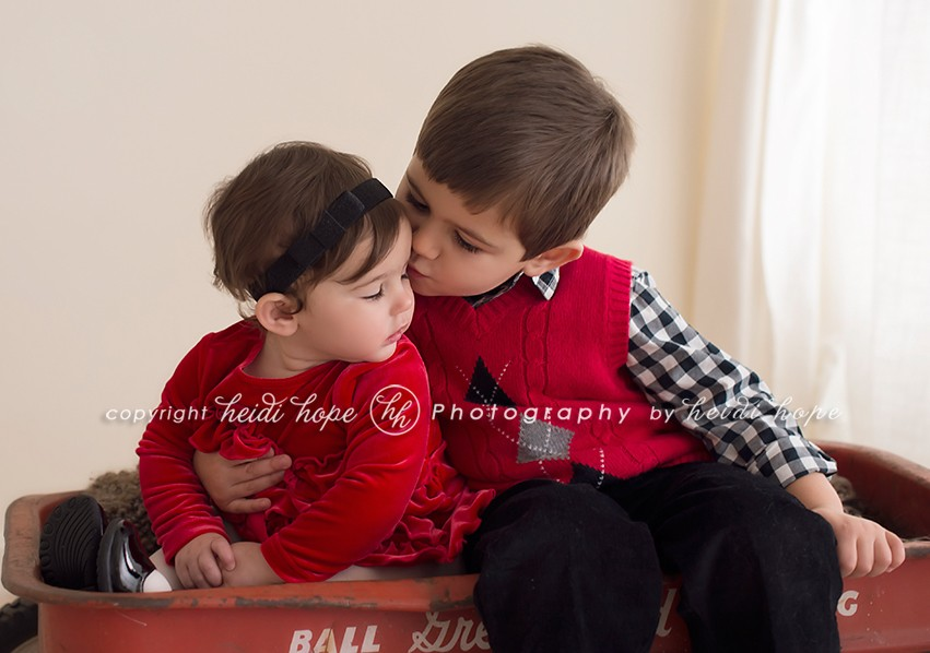 Heidi Hope Shoot - Brother and Sister in red holiday outfits