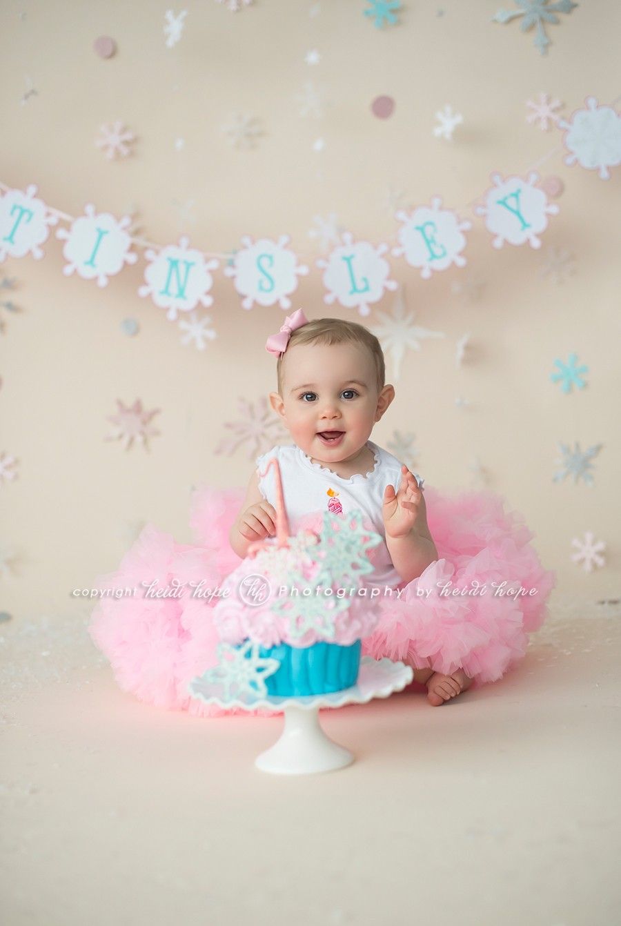 Pics photos first birthday smash cake photography