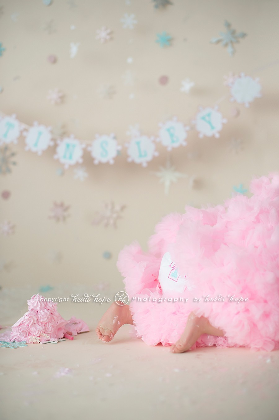 06_first_birthday_cake_smash_photographer_