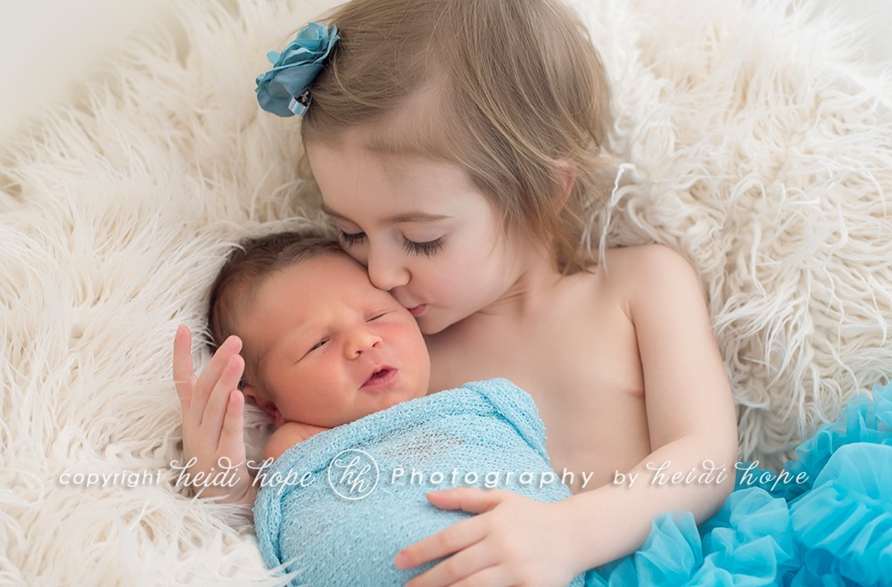 newborn-boy-and-big-sister-connecticut02
