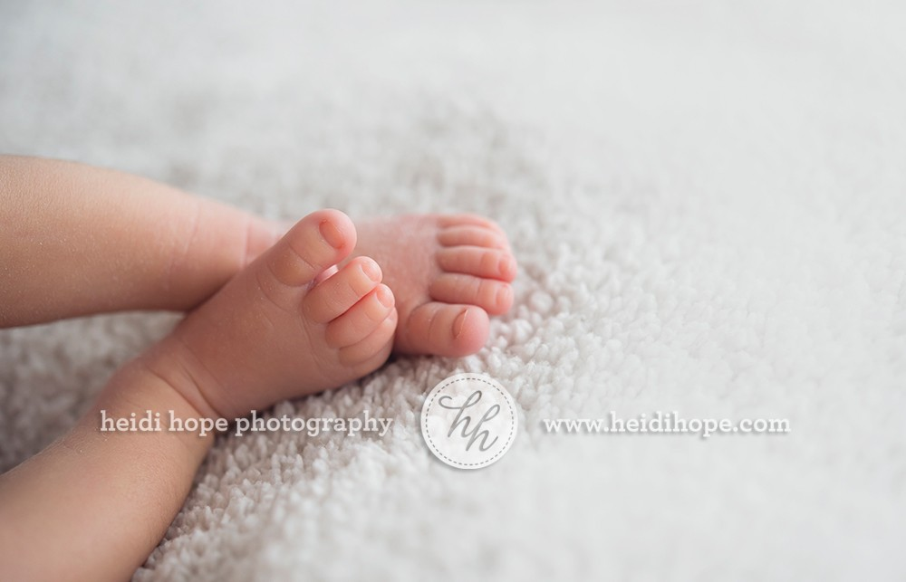 newborn_baby_boy_portraits_with_family_02